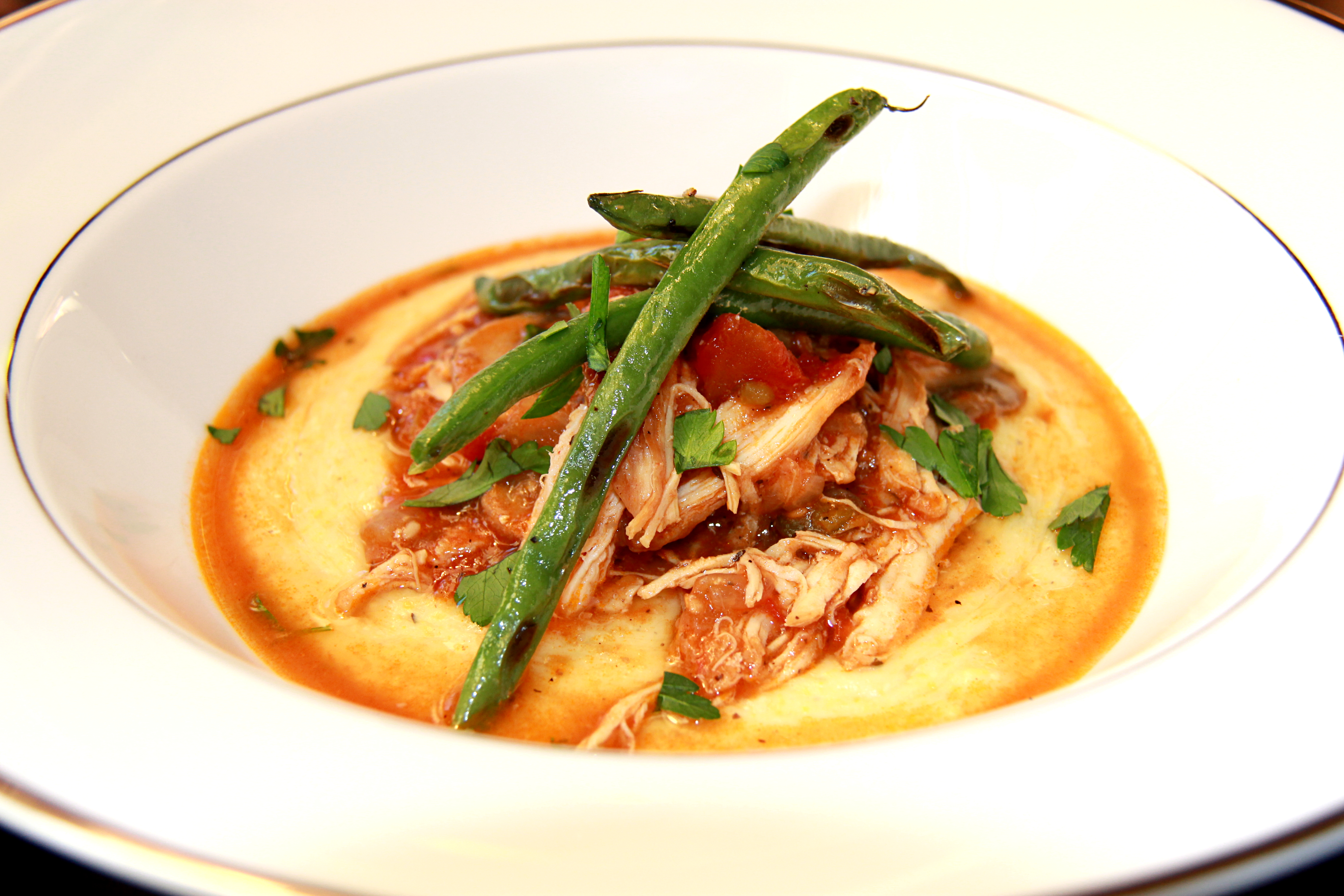Chicken With Tomato Sauce and Polenta